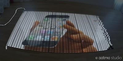 Aatma Studioが公開している動画「10,000 iPhone 5 Domino」が人気!1万台のiPhone5でドミノ倒し!